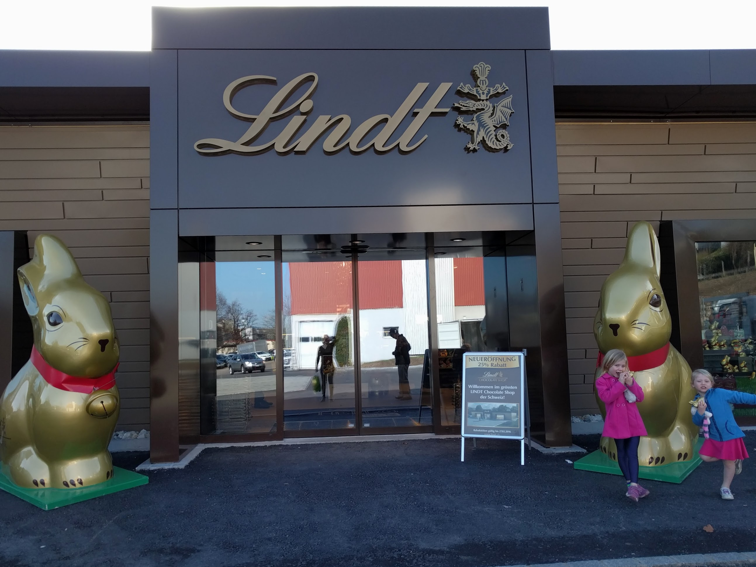 Baby Gifts Zurich : The new lindt chocolate in kilchberg